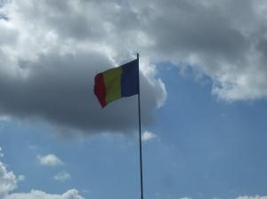 Drapelul Monumentului Eroilor de la Oarba de Mures
