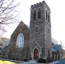 """Imagini pentru Biserica """"Sf. Ap. Petru si Pavel"""", Astoria, New York"""
