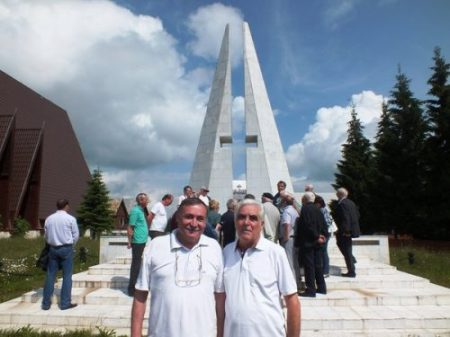 constantin-mindruta_gheorghe-constantinescu-gecko_monumentul-eroilor-martiri_belis