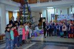 Copiii daruiesc copiilor_Craciun_2017_Baia Mare_2